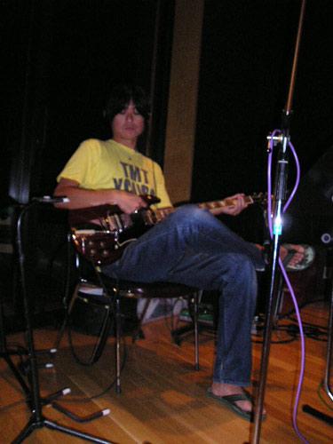guitarplay.jpg