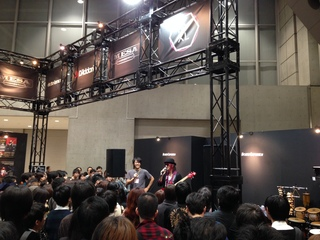 楽器フェア2014イクオ.JPGのサムネイル画像